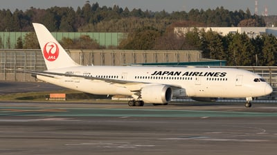 JA835J - Boeing 787-8 Dreamliner - Japan Airlines (JAL)