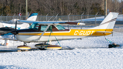 A picture of CGUDT - Cessna 150K - [15071690] - © Romain Bigorgne