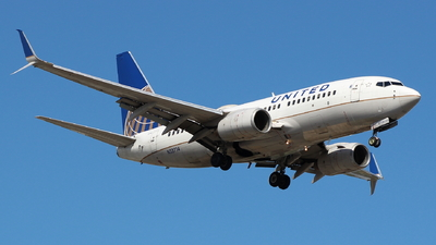 A picture of N33714 - Boeing 737724 - United Airlines - © Andriy Yegorov