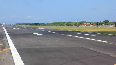 WADD - Airport - Runway