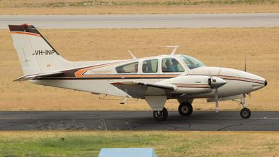 A picture of VHINP - Beechcraft E55 Baron - [TE898] - © Dallas Presser