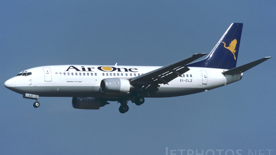 EI-CLZ - Boeing 737-3Y0 - Air One