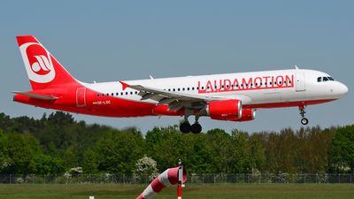 OE-LOC - Airbus A320-214 - LaudaMotion