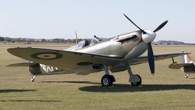 G-AIST - Supermarine Spitfire Mk.1 - Private