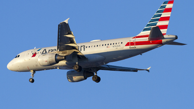 A picture of N762US - Airbus A319112 - American Airlines - © Jeremy D. Dando