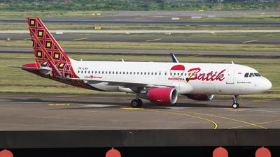 PK-LAH - Airbus A320-214 - Batik Air
