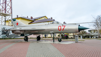 07 - Mikoyan-Gurevich MiG-21SMT Fishbed K - Russia - Air Force