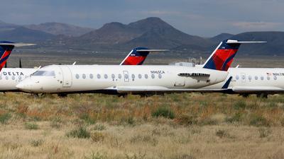 N965CA - Bombardier CRJ-100ER - Untitled