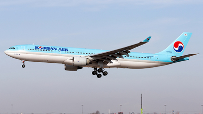 HL7525 - Airbus A330-322 - Korean Air