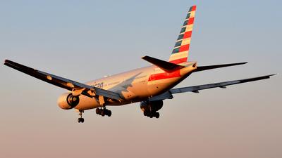 N793AN - Boeing 777-223(ER) - American Airlines