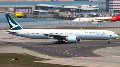 A picture of BKPE - Boeing 777367(ER) - Cathay Pacific - © Thomas Tse