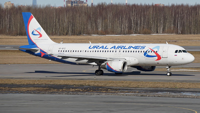 A picture of VPBTZ - Airbus A320214 - Ural Airlines - ©  koba emukhvari