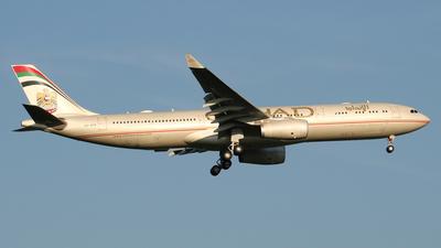 A6-AFB - Airbus A330-343 - Etihad Airways