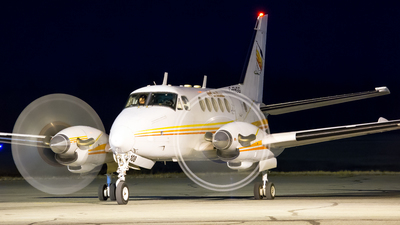 C-FHGG - Beechcraft A100 King Air - Propair