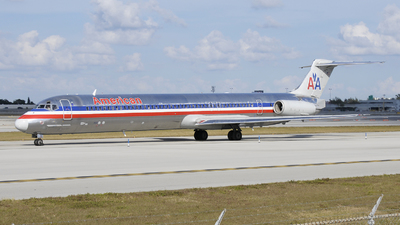 N492AA - McDonnell Douglas MD-82 - American Airlines