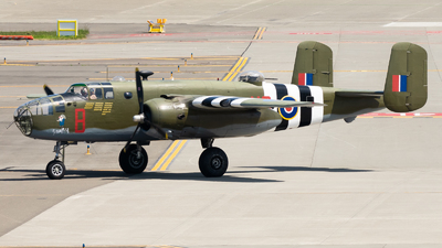 A picture of N88972 - North American B25D - [433318] - © Nick Sheeder
