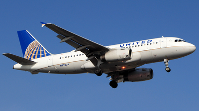 N822UA - Airbus A319-131 - United Airlines