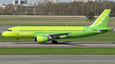 A picture of VQBPN - Airbus A320214 - S7 Airlines - © Luba Ostrovskaya