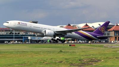 A picture of HSTKV - Boeing 7773D7(ER) - Thai Airways - © M. Raykahn Ariga