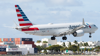 A picture of N378SC - Boeing 737 MAX 8 - American Airlines - © bill wang