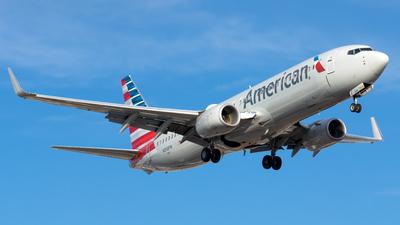 N358PW - Boeing 737-823 - American Airlines