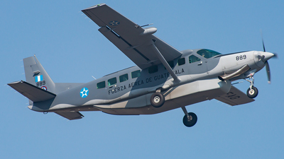889 - Cessna 208B Grand Caravan EX - Guatemala - Air Force