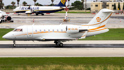 M-CLHL - Bombardier CL-600-2B16 Challenger 650 - Private