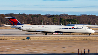N961DL - McDonnell Douglas MD-88 - Delta Air Lines