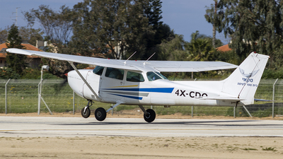4X-CDO - Cessna 172P Skyhawk II - Sky
