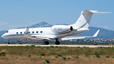 A picture of XAALC - Gulfstream G550 - [5116] - © John Leivaditis