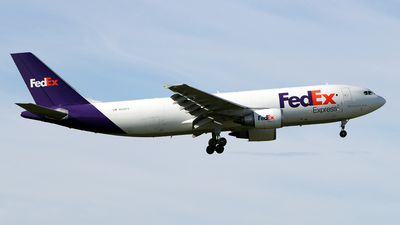 A picture of N669FE - Airbus A300F4605R - FedEx - © Maxime Branchaud