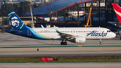 N362VA - Airbus A320-214 - Alaska Airlines