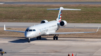 A picture of N508AE - Mitsubishi CRJ701ER - American Airlines - © Oliver Richter