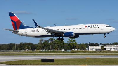 N839DN - Boeing 737-932ER - Delta Air Lines