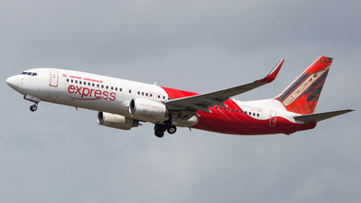 VT-AYC - Boeing 737-8HG - Air India Express