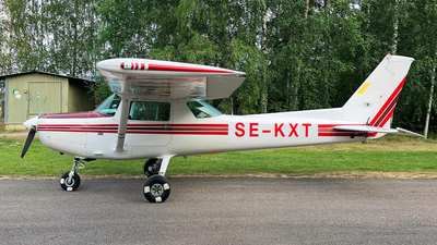 A picture of SEKXT - Cessna 152 - [15281671] - © jimmyekdahl