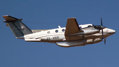 ZS-NRR - Beechcraft 200 Super King Air - Seasons in Africa