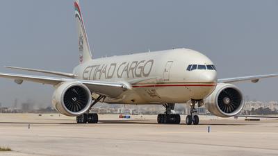 A picture of A6DDC - Boeing 777FFX - Etihad Airways - © MIchaelK