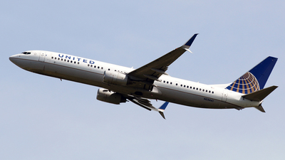 A picture of N53441 - Boeing 737924(ER) - United Airlines - © La Roche Spotters