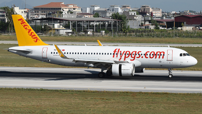 A picture of TCNBU - Airbus A320251N - Pegasus Airlines - © Arda Ozenc Erdem