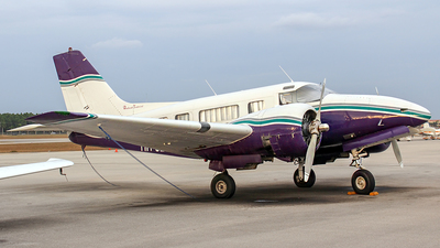 HH-JBD - Beech 18 - Private