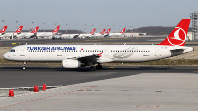 A picture of TCJMI - Airbus A321231 - Turkish Airlines - © Firat Cimenli
