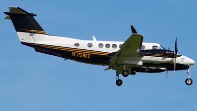 N75WZ - Beechcraft B300 King Air 350 - Private