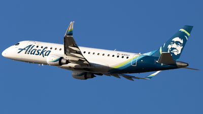 A picture of N185SY - Embraer E175LR - Alaska Airlines - © Angelos Panou