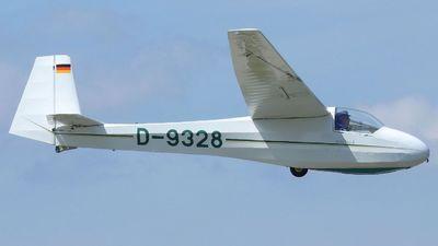 D-9328 - Schleicher K-8B - Private