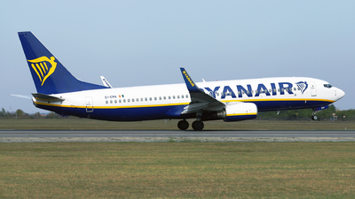 A picture of EIEMA - Boeing 7378AS - Ryanair - © Marin Ghe.