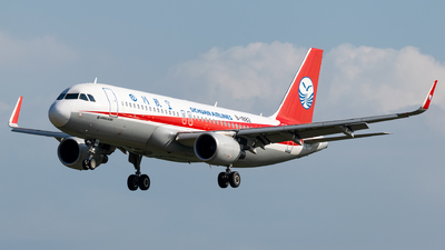 B-1882 - Airbus A320-214 - Sichuan Airlines