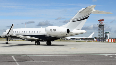 S5-SAD - Bombardier BD-700-1A10 Global 6000 - Private