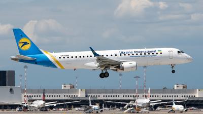 A picture of UREMB - Embraer E190STD - Ukraine Int. Airlines - © Medolago Manuel