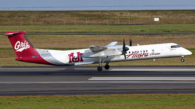 A picture of N402QX - De Havilland Canada Dash 8400 - Alaska Airlines - © Zihaoo W & Donny H Photography